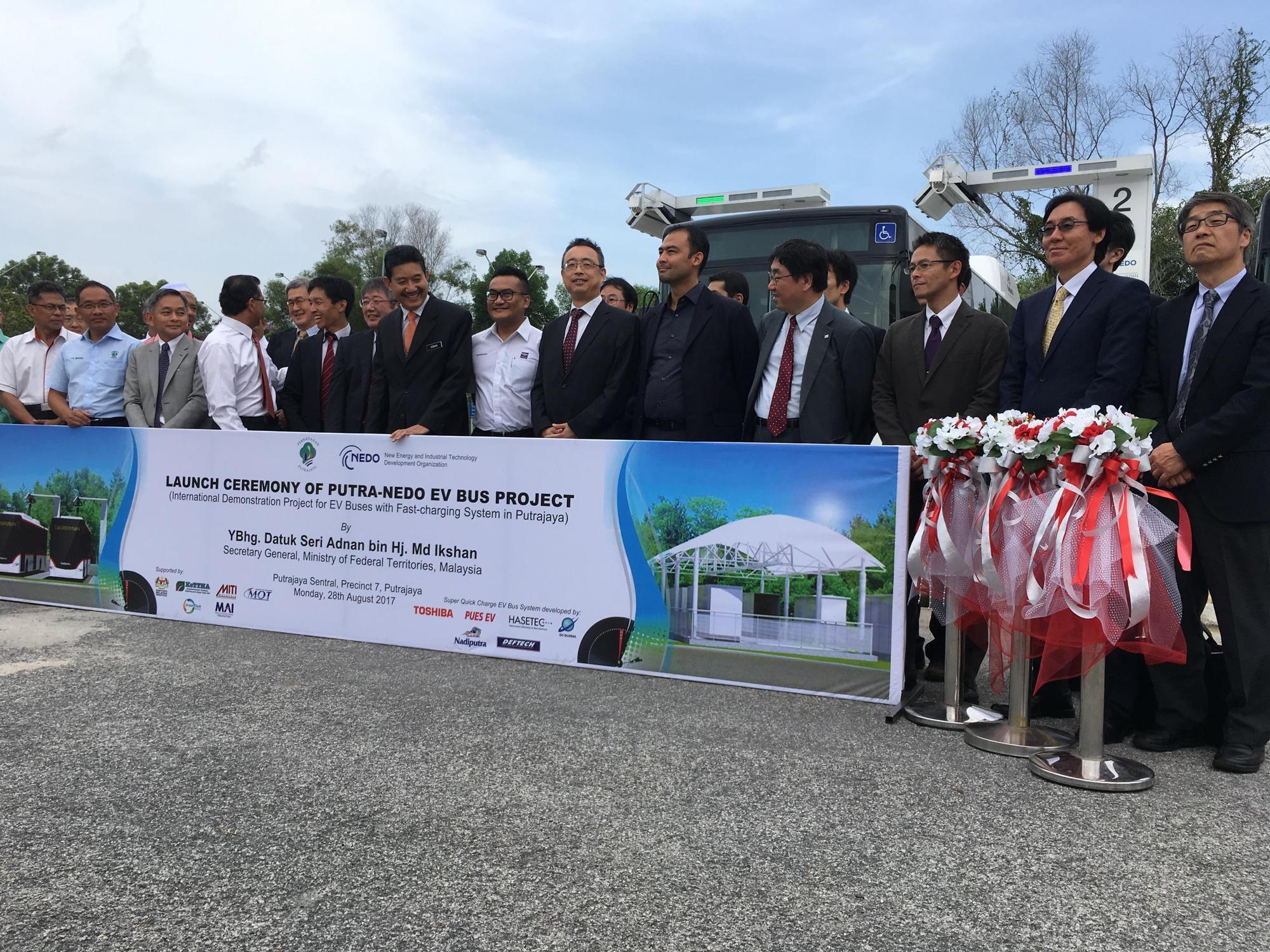 マレーシアバス2.jpg